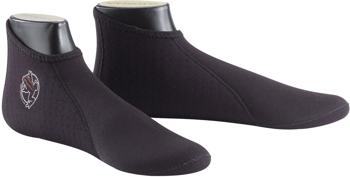 AKONA 2mm Tall Socks with Printed Traction Sole